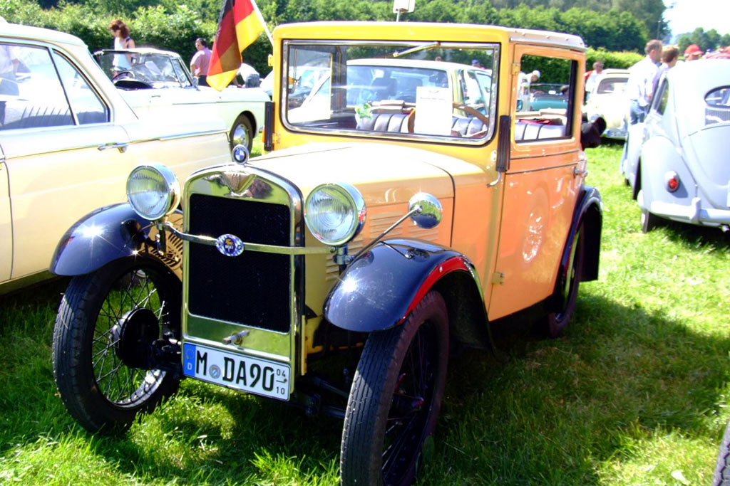 bmw-throughout-history-3-15-saloon